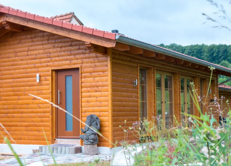 Tinyhouse-Bungalow-Yogaalm-Zimmerei-Wissel-01