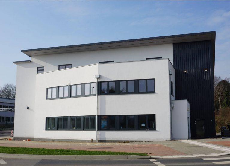 Zimmerei-Wissel-Industriehalle-Dieburg-Holzstaender-01