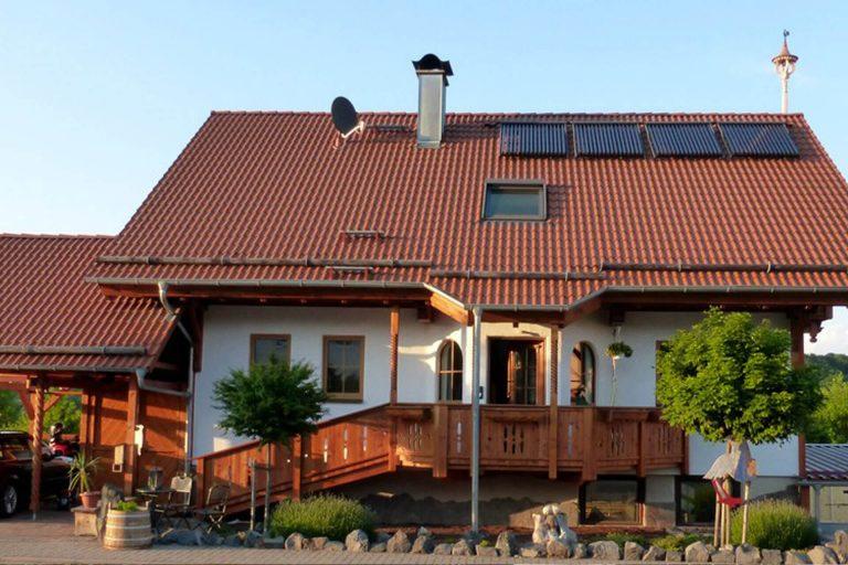 Rustikales-Einfamilienhaus-Moembris